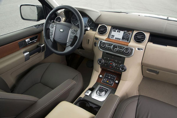 2013 Land Rover Discovery 4 / LR4