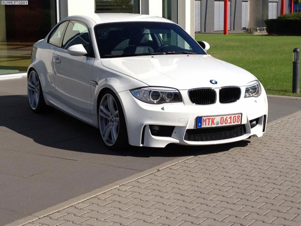 BMW Serie 1 M Coupe replica con motor BMW M5