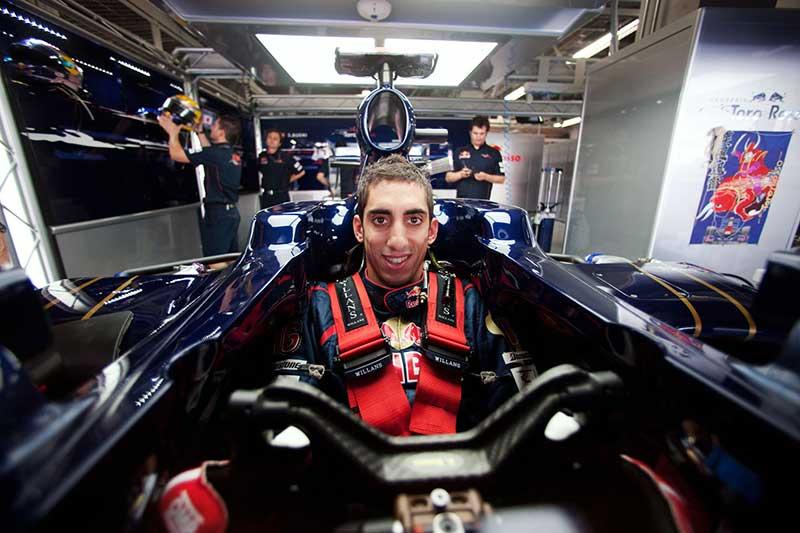 Red Bull renueva a Buemi como piloto reserva para 2015