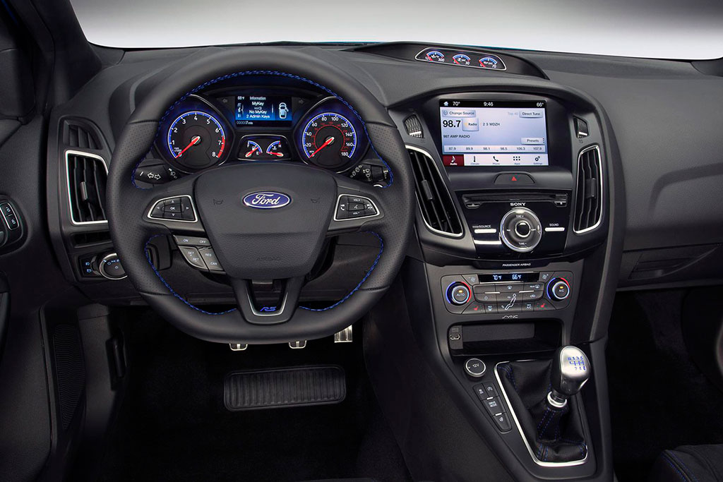 Ford Focus RS 2016 interior